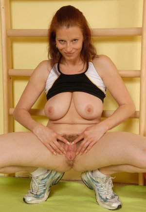 Davilia fetish escort in Hettstedt